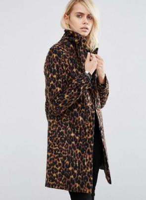 slim coat in leopard print