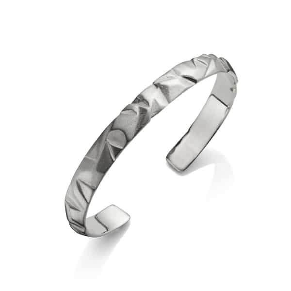MenΓÇÖs silver faceted bangle