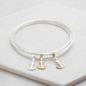 mini anchor charm bangle